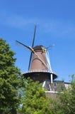 holländsk windmill Arkivfoto