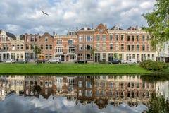 Holländska kanalhus Arkivbild