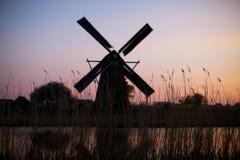 holländska kinderdijkwindmills Royaltyfria Foton