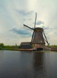 holländska kinderdijkwindmills Arkivbilder