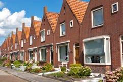 holländska typiska familjhus Fotografering för Bildbyråer