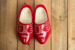 holländskt träholland rött skoträ Royaltyfri Foto