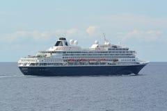 Holland Amerika-Schiff Prinsendam in Meer Stockbild