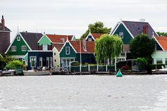 Holland, de windmolens van Zaanse Schans stock fotografie