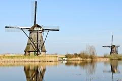 holland młyny meandrują drewnianego Obrazy Royalty Free
