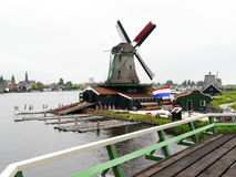 holländsk windmill Royaltyfria Bilder
