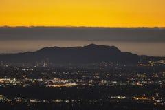 Hollywood Hills Predawn Los Angeles Arkivfoton