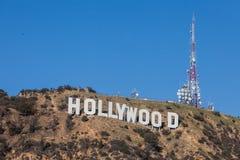 HOLLYWOOD - 26 janvier : Le connexion de renommée mondiale Hollywood, la Californie de Hollywood de point de repère Images stock