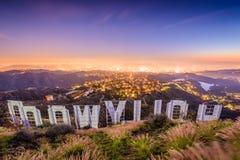 Hollywood Kalifornien tecken fotografering för bildbyråer