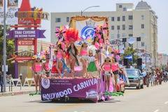Hollywood karneval på Hollywood, Kalifornien, USA - Juni 25, 2016 fotografering för bildbyråer