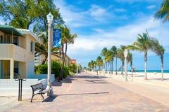 Hollywood strandstrandpromenad i Florida arkivfoton