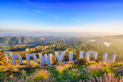Hollywood undertecknar in Kalifornien royaltyfria foton