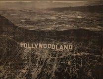 Hollywoodland tecken - det Hollywood museet - Los Angeles royaltyfri bild