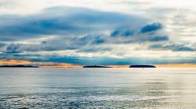Holm Islands bei Sonnenuntergang während typischer Briten Autumn Weather Lizenzfreie Stockfotos