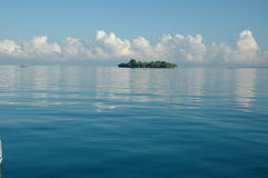 Holme på Mocambique norrkust royaltyfria foton