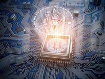 Hologramme de Bitcoin au-dessus de noyau d'unité centrale de traitement et carte d'ordinateur ou mot Photographie stock libre de droits