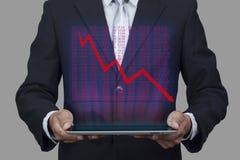 Hologrammet av diagrammet för skärm för aktiemarknadpriset poppar upp från minnestavlan Royaltyfri Bild