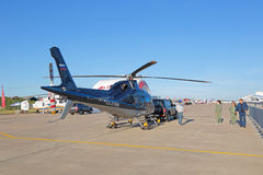 Holować helikopter Obrazy Royalty Free