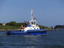 Holownik łódź w operacjach Fotografia Stock