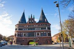 Holsten port i Lubeck den gamla staden, Tyskland Royaltyfri Foto