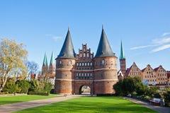 Holsten port i Lubeck den gamla staden, Tyskland Arkivfoto