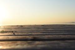 Holz auf garda See lizenzfreies stockbild