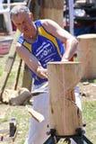 Holz, das an der Cambera-Land-Show hackt Lizenzfreie Stockfotografie