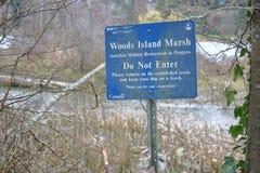 Holz-Insel-Naturreservat-Zeichen Lizenzfreie Stockbilder