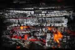 Holz und Feuer Stockfotos