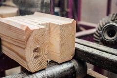 Holzen Sie industrielle hölzerne Beschaffenheit, Bauholzkolbenhintergrund ab Stockfotos
