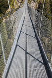 Holzgau upphängningbro Royaltyfri Fotografi
