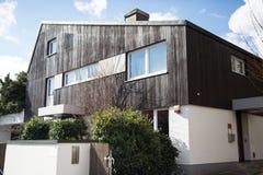 Holzhaus in Deutschland Stockfotografie