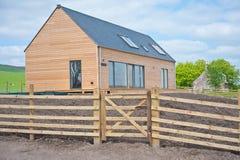 Holzhaus in Schottland Lizenzfreies Stockfoto