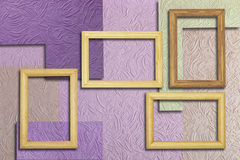 Holzrahmen auf der Wandmasse Stockfotos