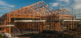 Holzrahmen im Bau von Häusern Lizenzfreie Stockbilder