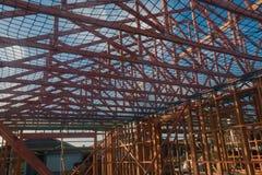 Holzrahmen im Bau von Häusern, errichtend in Neuseeland Lizenzfreie Stockfotografie