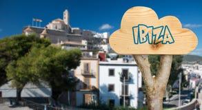 Holzschild, das ibiza anzeigt Stockfotografie