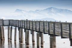 Holzsteg, lago superior zurich, Suiza Imágenes de archivo libres de regalías