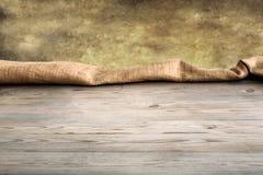 Holztisch mit leerem Hintergrund und Beschaffenheit Lizenzfreies Stockbild