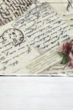 Holztisch mit leerem Hintergrund und Beschaffenheit Lizenzfreie Stockbilder