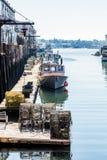 Homarów oklepowie na Pogodnym doku Fotografia Royalty Free