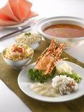 Homard blanchi de castagnoles de Ying Yang avec le chou de chine et le minc Photographie stock