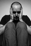 Hombre adulto deprimido Fotos de archivo