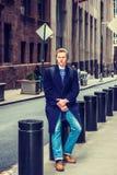 Hombre americano joven que viaja en Nueva York Fotos de archivo