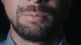 Hombre barbudo almacen de video