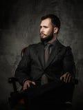 Hombre bien vestido hermoso Fotos de archivo libres de regalías