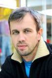 Hombre cabelludo gris Fotografía de archivo libre de regalías