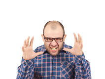 Hombre calvo enojado en vidrios Foto de archivo
