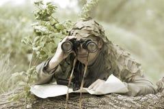 Hombre camuflado militar Fotos de archivo libres de regalías