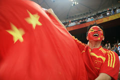 Hombre chino que grita con el indicador chino Fotos de archivo